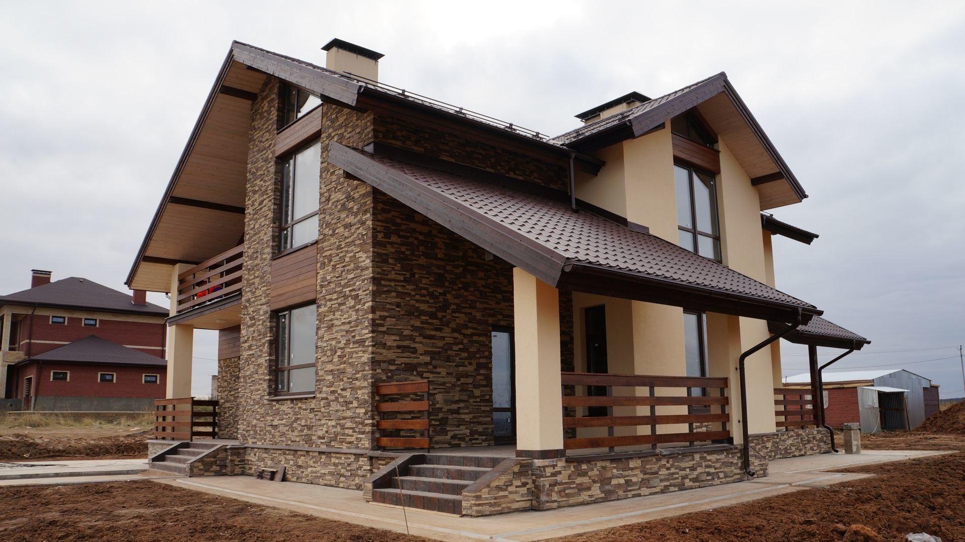 современная отделка фасадов частных домов фото для оформления